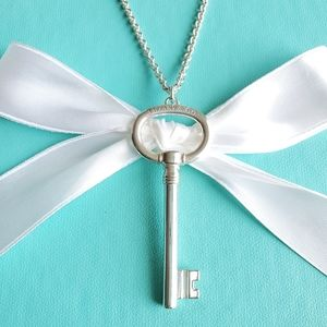 XL oval key pendant necklace